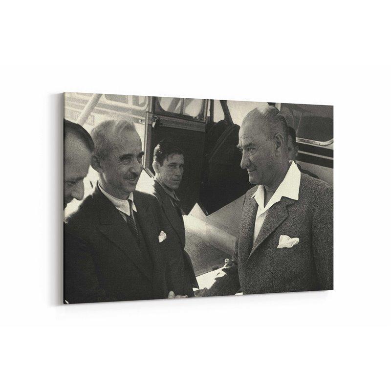 Atatürk Uçak Kanvas Tablosu