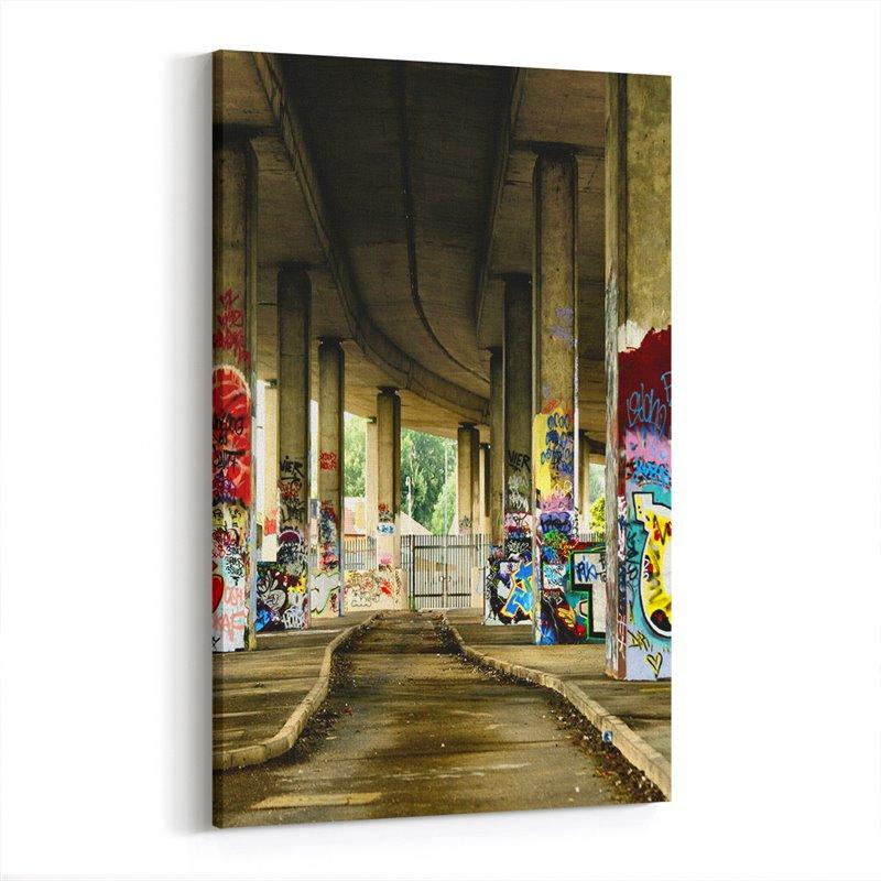 Grafiti Köprü Ayakları Kanvas Tablo