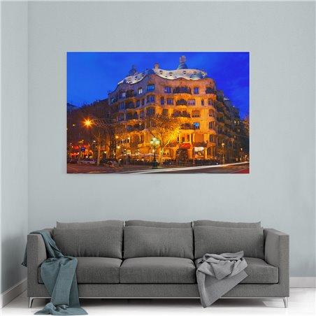 Casa Mila Barselona Kanvas Tablo
