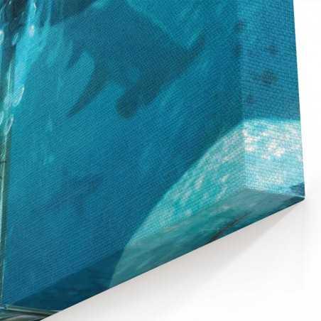 Köpek Balıkları ve Aquaman Kanvas Tablo
