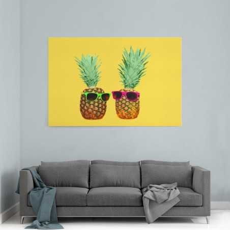 Gözlük Takan Ananaslar Kanvas Tablo
