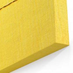 Sarı Tahta Üzerinde Ananas Kanvas Tablo